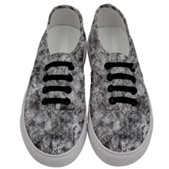 Grunge Pattern Men s Classic Low Top Sneakers