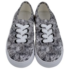 Grunge Pattern Kids  Classic Low Top Sneakers