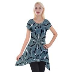 Modern Oriental Ornate Pattern Short Sleeve Side Drop Tunic