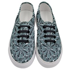 Modern Oriental Ornate Pattern Women s Classic Low Top Sneakers
