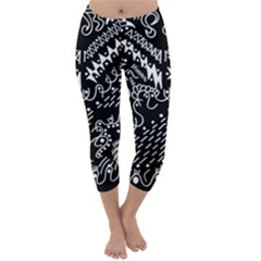 Chicken Hawk Invert Capri Winter Leggings