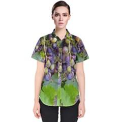 Grapes 2 Women s Short Sleeve Shirt