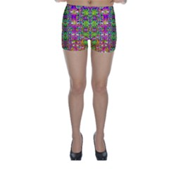 Flower Wall With Wonderful Colors And Bloom Skinny Shorts