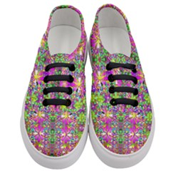 Flower Wall With Wonderful Colors And Bloom Women s Classic Low Top Sneakers