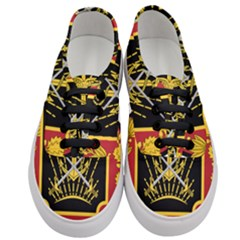 Logo Of Imperial Iranian Ministry Of War Women s Classic Low Top Sneakers