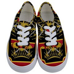 Logo Of Imperial Iranian Ministry Of War Kids  Classic Low Top Sneakers
