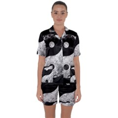 Grunge Yin Yang Satin Short Sleeve Pyjamas Set