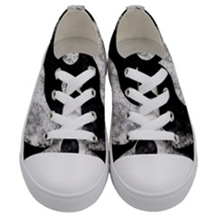 Grunge Yin Yang Kids  Low Top Canvas Sneakers