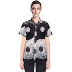 Grunge Yin Yang Women s Short Sleeve Shirt