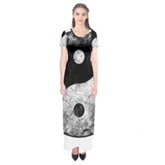 Grunge Yin Yang Short Sleeve Maxi Dress