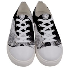 Grunge Yin Yang Women s Low Top Canvas Sneakers