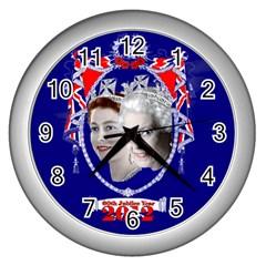 Queen Elizabeth 2012 Jubilee Year Silver Wall Clock