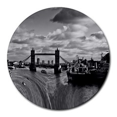 River Thames Waterfall 8  Mouse Pad (Round)