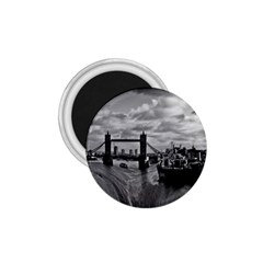 River Thames Waterfall Small Magnet (Round)