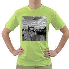 River Thames Waterfall Green Mens  T-shirt