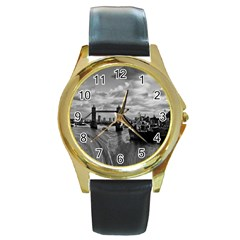 River Thames Waterfall Black Leather Gold Rim Watch (Round)