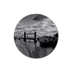 River Thames Waterfall Rubber Drinks Coaster (round)