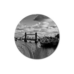 River Thames Waterfall Large Sticker Magnet (Round)