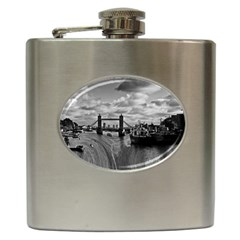 River Thames Waterfall Hip Flask