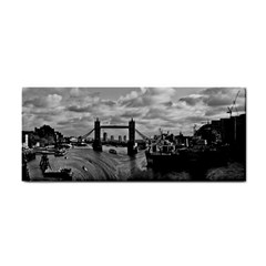 River Thames Waterfall Hand Towel
