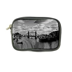 River Thames Waterfall Ultra Compact Camera Case
