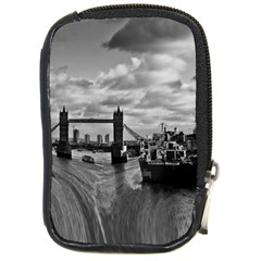 River Thames Waterfall Digital Camera Case