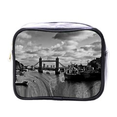 River Thames Waterfall Single Sided Cosmetic Case