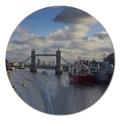 Thames Waterfall Color Extra Large Sticker Magnet (Round)