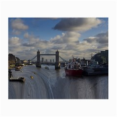 Thames Waterfall Color Glasses Cleaning Cloth
