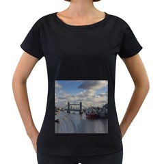 Thames Waterfall Color Black Oversized Womens'' T Shirt