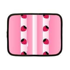 Strawberry Cream Cake Netbook Case (Small)