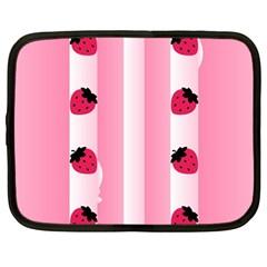 Strawberry Cream Cake Netbook Case (Large)