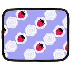 Cake Top Blueberry Netbook Case (Large)