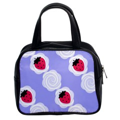 Cake Top Blueberry Classic Handbag (Two Sides)