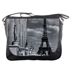 Vintage France Paris Eiffel tour Chaillot palace 1970 Messenger Bag