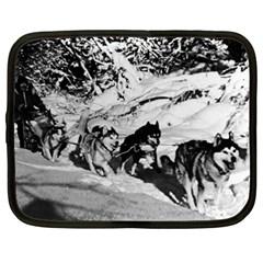 Vintage USA Alaska dog sled racing 1970 15  Netbook Case