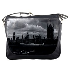 Vintage UK England London The houses of parliament 1970 Messenger Bag