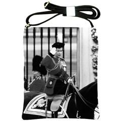 Vintage UK England  queen Elizabeth 2 Buckingham Palace Cross Shoulder Sling Bag