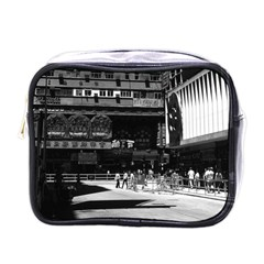 Vintage China Hong Kong street City 1970 Single-sided Cosmetic Case