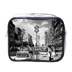 Vintage Germany Munich Towngate Karistor 1970 Single-sided Cosmetic Case