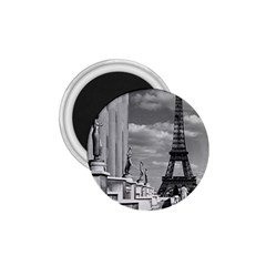 Vintage France Paris Eiffel tour Chaillot palace 1970 Small Magnet (Round)