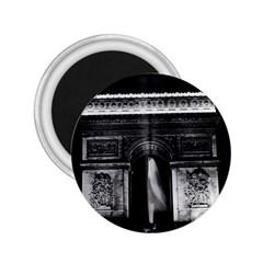 Vintage France Paris Triumphal arch 1970 Regular Magnet (Round)