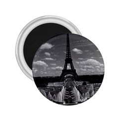 Vintage France Paris Fontain Chaillot Tour Eiffel 1970 Regular Magnet (Round)