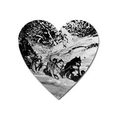 Vintage USA Alaska dog sled racing 1970 Large Sticker Magnet (Heart)