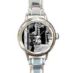 Vintage UK England London sentry at Buckingham palace Classic Elegant Ladies Watch (Round)