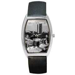 Vintage UK England London Hyde park corner Hilton 1970 Black Leather Watch (Tonneau)