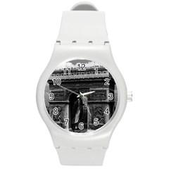 Vintage France Paris Triumphal arch  Place de l Etoile Round Plastic Sport Watch Medium