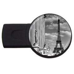 Vintage France Paris Eiffel Tour Chaillot Palace 1970 2gb Usb Flash Drive (round)