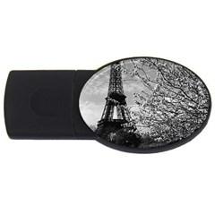 Vintage France Paris Eiffel tour 1970 4Gb USB Flash Drive (Oval)