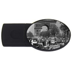 Vinatge France Paris Triumphal arch 1970 4Gb USB Flash Drive (Oval)